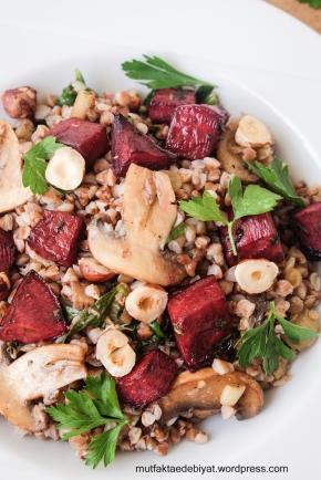 Pancarlı Karabuğday Salatası;